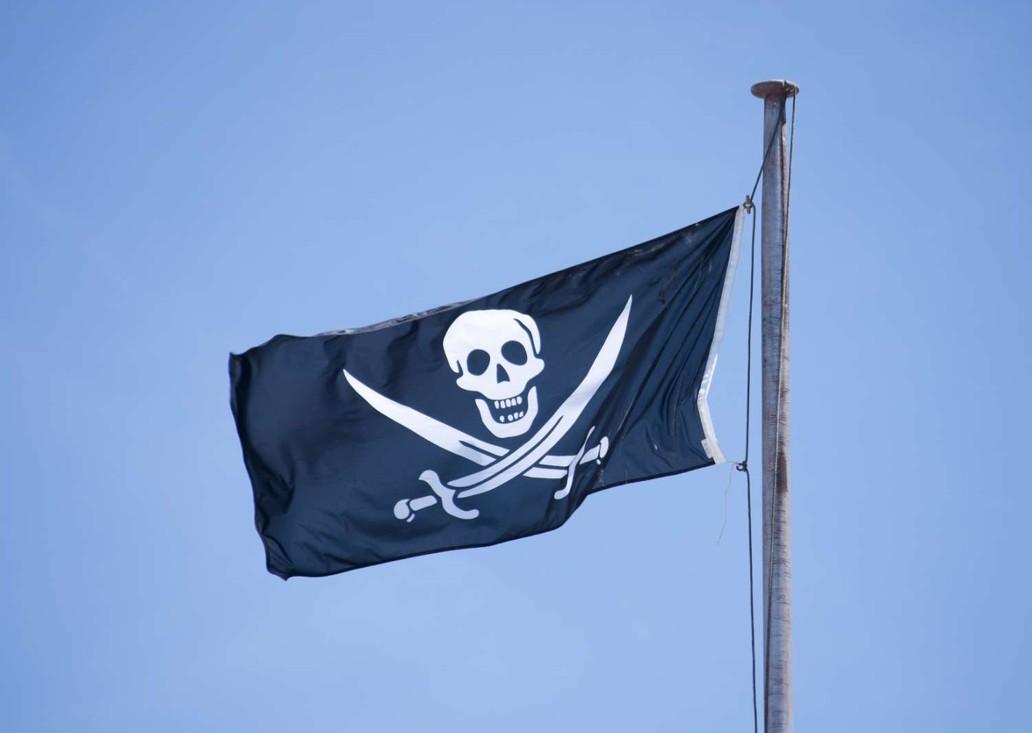 jolly-roger-pirate-flag.jpg